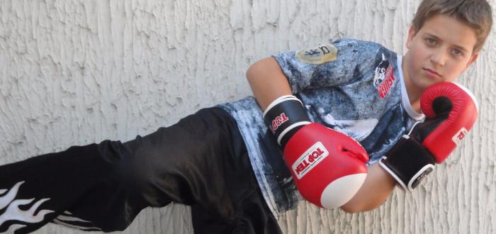 Mladý kickboxer Josef Ptáček  Při trénování s Martinou jsem dostával do zubů 813a01c813