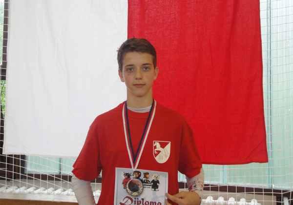 Mladičký šampion z Horních Počernic opět zabodoval ve fightingu a  sebeobraně  66870613f4
